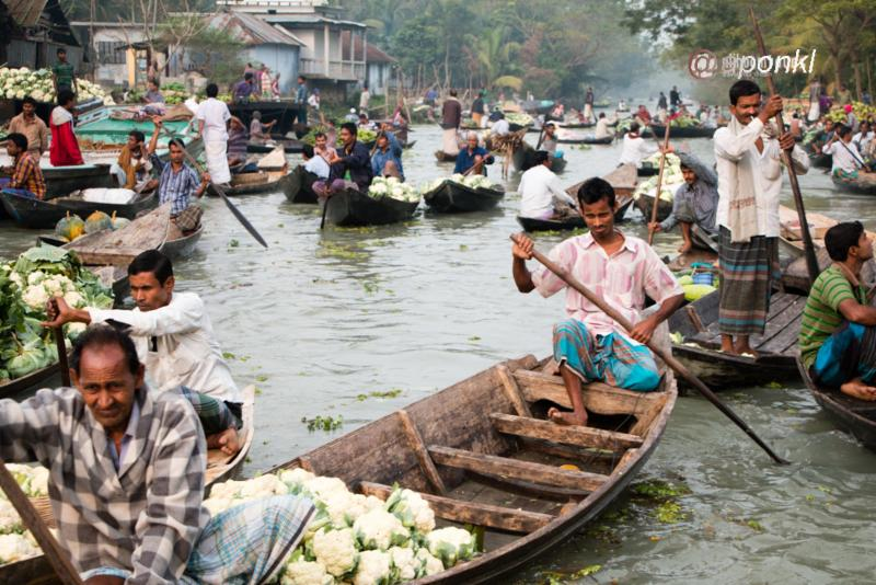 https://steemit.com/photography/@aponkl/my-photography-journey-to-the-largest-floating-market-in-bangladesh