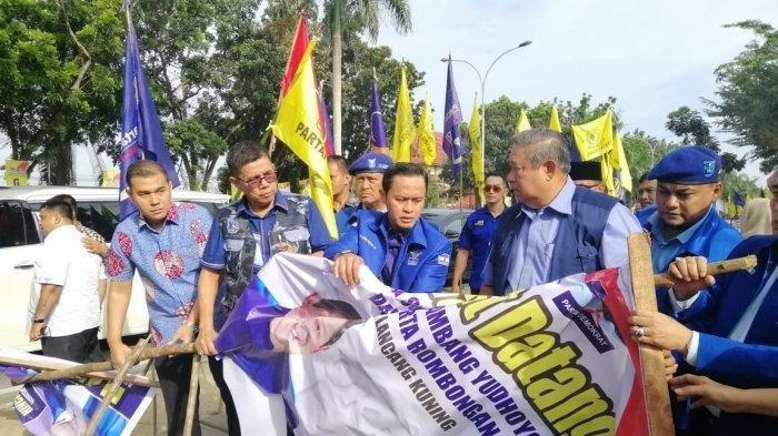 SBY Baper Baliho Penyambutan Dirinya Dirusak