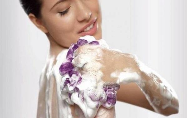 Cara Merawat Shower Puff Biar Ga Jadi Sarang Bakteri