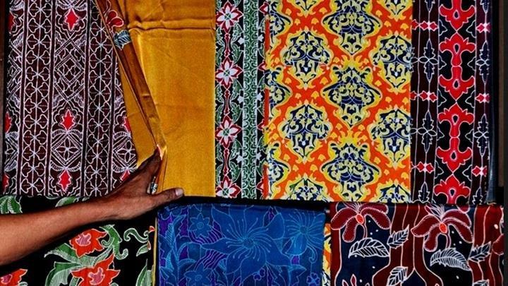 Menguak Tabir Perjalanan Batik Riau