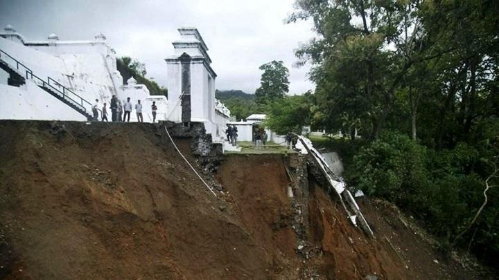 Diterjang Banjir, Makam Raja Mataram Imogiri Longsor