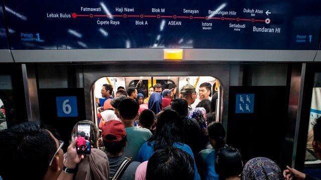 Daftar Lengkap Tarif MRT Jakarta Berlaku 1 April 2019