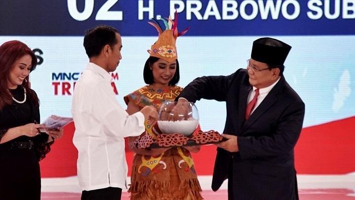 Cara Prabowo Hadapi Debat Keempat Capres 2019, Serius tapi Santai