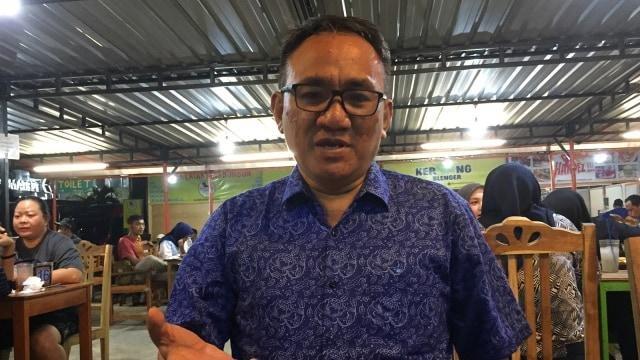 Berisik di Twitter, Andi Arief Somasi TNI AU